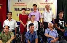 250 xe lăn, xe lắc trao tay người khuyết tật