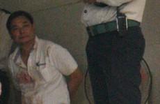Quản kho Trung Quốc chém ông chủ Đài Loan nhập viện