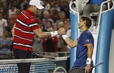 Zhang Shuai lần đầu vào tứ kết, Ferrer chờ đối đầu Murray