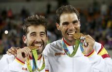 """Giành HCV Olympic, """"vua"""" Nadal trở lại"""