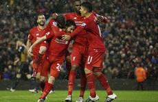 Liverpool hòa Arsenal trong cơn mưa bàn thắng