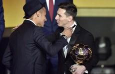 Thế giới bầu Messi, còn Messi bỏ phiếu cho ai?