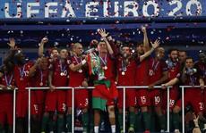 Ronaldo dẫn dắt hàng công Bồ Đào Nha, 'người hùng' Euro 2016 biệt dạng