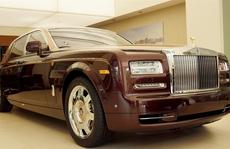 Chi hơn 7 tỉ đồng mua ô tô, mất 5 tỉ tiền thuế