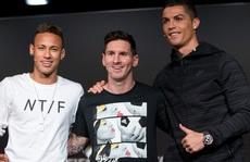 """Neymar và Ronaldo bất ngờ """"tỏ tình"""" công khai"""