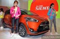 Toyota Sienta - đối thủ của Kia Rondo ra mắt