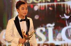 Sơn Tùng M-TP bất ngờ giành giải Ca sĩ 'Cống hiến' của năm