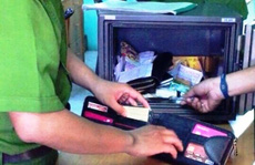 Nhà tổng giám đốc bị trộm két sắt chứa tiền tỉ