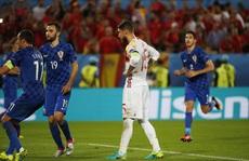 Modric chỉ điểm cho thủ môn Croatia 'bắt bài' Ramos
