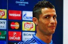 Ronaldo bỏ họp báo khi phóng viên nhắc đến bộ ba Barca