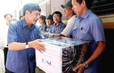 Chủ tịch Tổng LĐLĐ VN Bùi Văn Cường thăm công nhân ở cầu Ghềnh