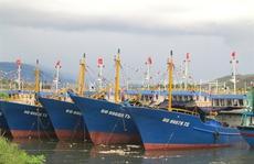 Tàu vỏ thép 17 tỉ đồng vừa đóng mới bị sóng đánh chìm