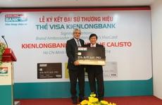 Ông Calisto làm đại sứ thương hiệu cho một ngân hàng Việt