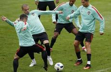 Ronaldo được bênh vực