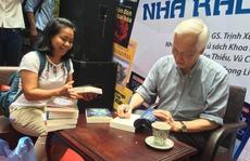GS-TS Trịnh Xuân Thuận: Viết văn cũng là sứ mệnh