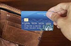 Nghĩ khác về thẻ tín dụng