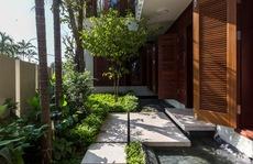 Ngôi nhà bốn mùa xanh nhiều ô cửa