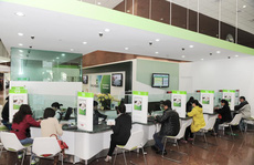 Vietcombank lên tiếng về việc tăng hàng loạt phí ngân hàng