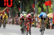 Thủ đô tưng bừng cờ hoa cùng xe đạp