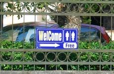 Du khách đến Huế không còn lo thiếu nhà vệ sinh