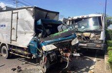 Bốn ô tô tông nhau kinh hoàng trên xa lộ Hà Nội