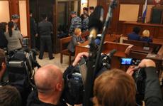 Nga: Bị cáo cướp súng ở tòa án, 3 người chết