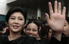 Bà Yingluck bị thu hồi hộ chiếu