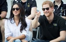 Hoàng tử Harry của Anh đã bị 'trói'