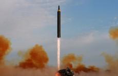 """Hàn Quốc: Triều Tiên thử """"tên lửa hành trình"""", cho chiến đấu cơ bắn tên lửa"""