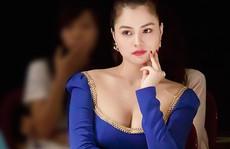 Người đẹp Việt tố 'ông trùm' Hollywood quấy rối