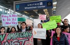 United Airlines vẫn 'hạ cánh an toàn' sau vụ bác sĩ gốc Việt?