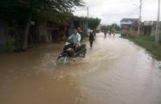 Nam Trung bộ 'nín thở' trước bão, lũ lịch sử