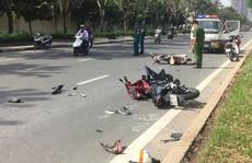 Hai thanh niên nguy kịch sau cú tông giữa 2 xe máy