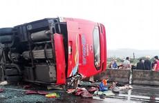 Mưa lớn, xe trên Quốc lộ 1 qua Khánh Hòa liên tục gặp tai nạn