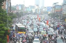 Chống kẹt xe ở Hà Nội: Làm ngay chứ đừng thi thố!