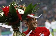 Lahm 'treo giày', chê ghế giám đốc thể thao Bayern