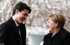 Đến lượt bà Merkel bị Thủ tướng Canada 'hớp hồn'