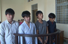 Bé gái 15 tuổi sinh con, 4 thanh niên vào tù