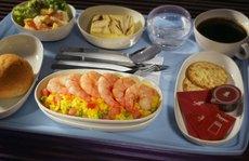 Hành khách sắp hết phải ăn 'thức ăn dở tệ' trên máy bay?