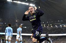 Rooney nhắc đến M.U sau khi ghi 200 bàn tại Premier League