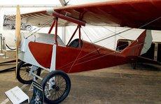 Những chiếc máy bay đầu tiên ở Việt Nam
