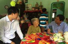 Thăm mẹ Việt Nam anh hùng Trần Thị Đủ