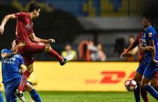 Oscar bị LĐBĐ Trung Quốc 'treo giò' 8 trận