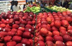 Thực phẩm ngoại đổ về TP HCM