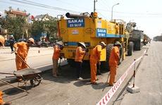 """Đấu thầu bảo trì đường bộ: """"Ba nhà"""" cùng hưởng lợi"""