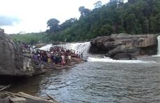 Tắm thác sau đám cưới, 2 thanh niên chết đuối