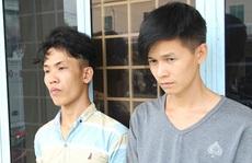 Mang dao từ Tiền Giang đến An Giang đòi nợ thuê