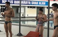 Sự thực quanh chuyện Ánh Viên 'mắc cạn' trước ngày thi bơi