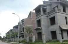 Dân mua cạn tiền, nhà đất giảm giá