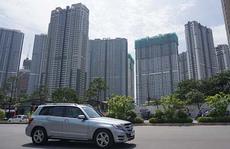 Không chủ quan với tín dụng chứng khoán, bất động sản